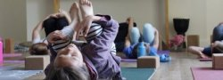 Yoga for Girls: 8-12 Year Olds