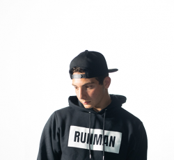 OPSM Runman Snap Back