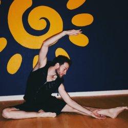 Yoga Private with Elliott