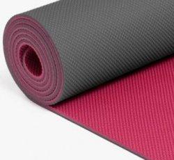 197  Manduka welcOMe Yoga Mat (Magenta Thunder)