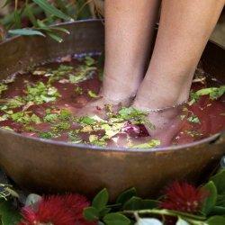 Herbal Foot Bath - Single Session