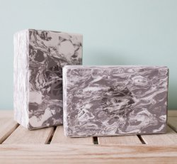 Hugger Mugger Block - Gray & White Marbled