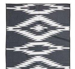 Nomadix Uinta Black Towel