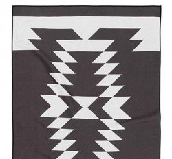 Nomadix Northwest Black Towel