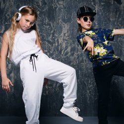 Hip Hop/Zumba Group Classes (Kids/Adults)