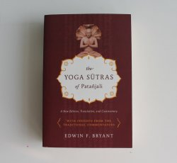 Yoga Sutras of Pantanjali ~Bryant