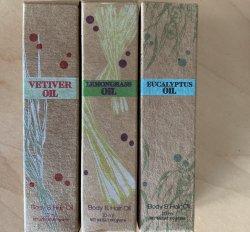 Vetiver Farms Essential Oil Roller - Vetiver, Eucalyptus, & Lemongrass