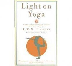Light on Yoga BOOK