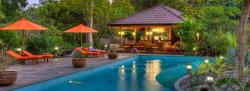 Let Your SOUL SHINE - Yoga Retreat at Bodhi Tree Resort in Nosara, Costa Rica with Megan Schlobohm & Jen Fortin